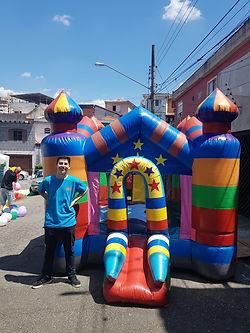 CASTELO-PULA-PULA-ULALA-BRINQUEDOS.jpg