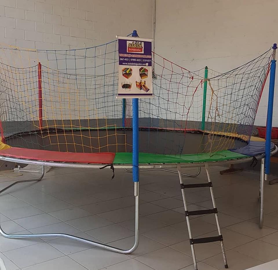cama-elastica-ulala-brinquedos-grande-4,