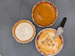 pies thanksgiving.jpeg
