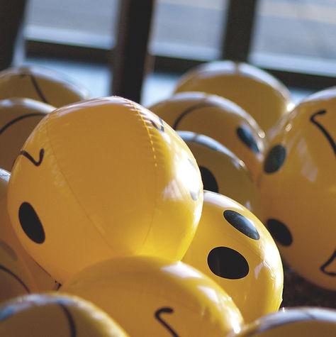 Smiley Ballen van de pool