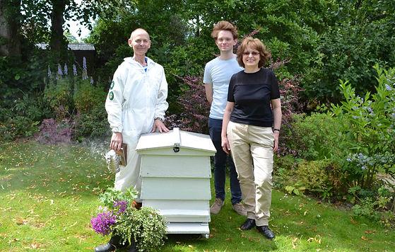 Ready Family - Bee Cosmetics