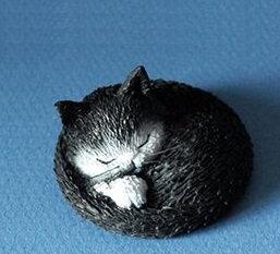 chat qui dort figurine les chats de dubout parastone bruxelles sculpture chat noir qui dort paratone belgique chat noir