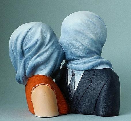les amants de rené magritte les amants de rene magritte les amants figurine parastone sculpture magritte boutique bruxelles