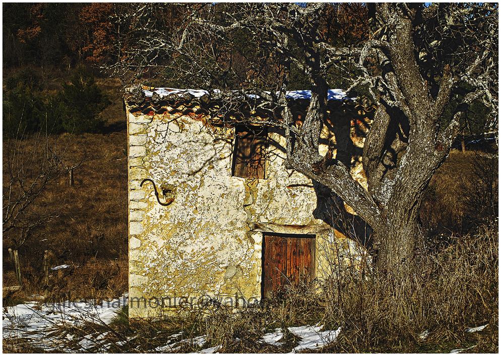 cabanon rustrel,Luberon