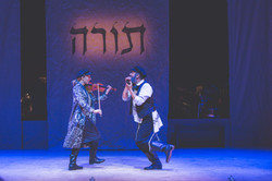 Yiddish Fiddler On The Roof-187