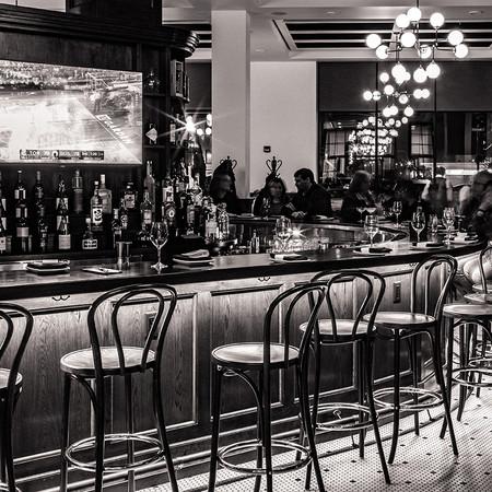 Hotel Goodwin & Velvet Buffalo Cafe