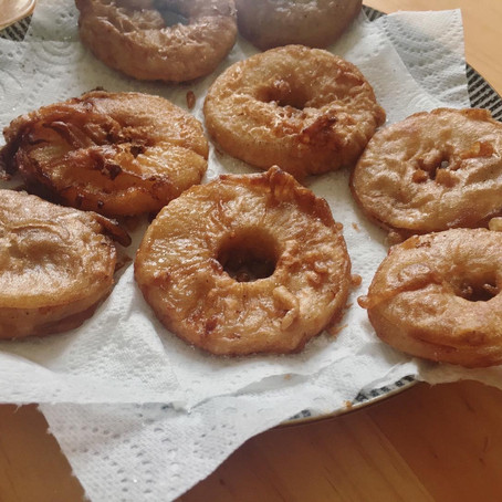 How to make pineapple fritters