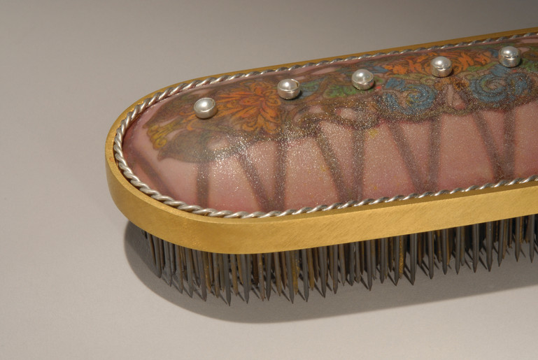 Nail Brush-detail