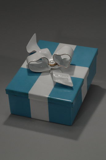 Tiffany Box with Trophy Wife Ring-closed