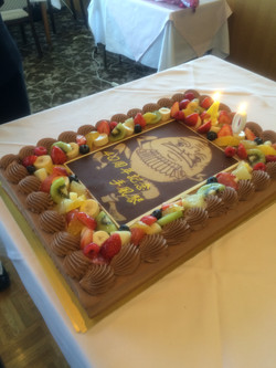 素敵なケーキを頂きました。