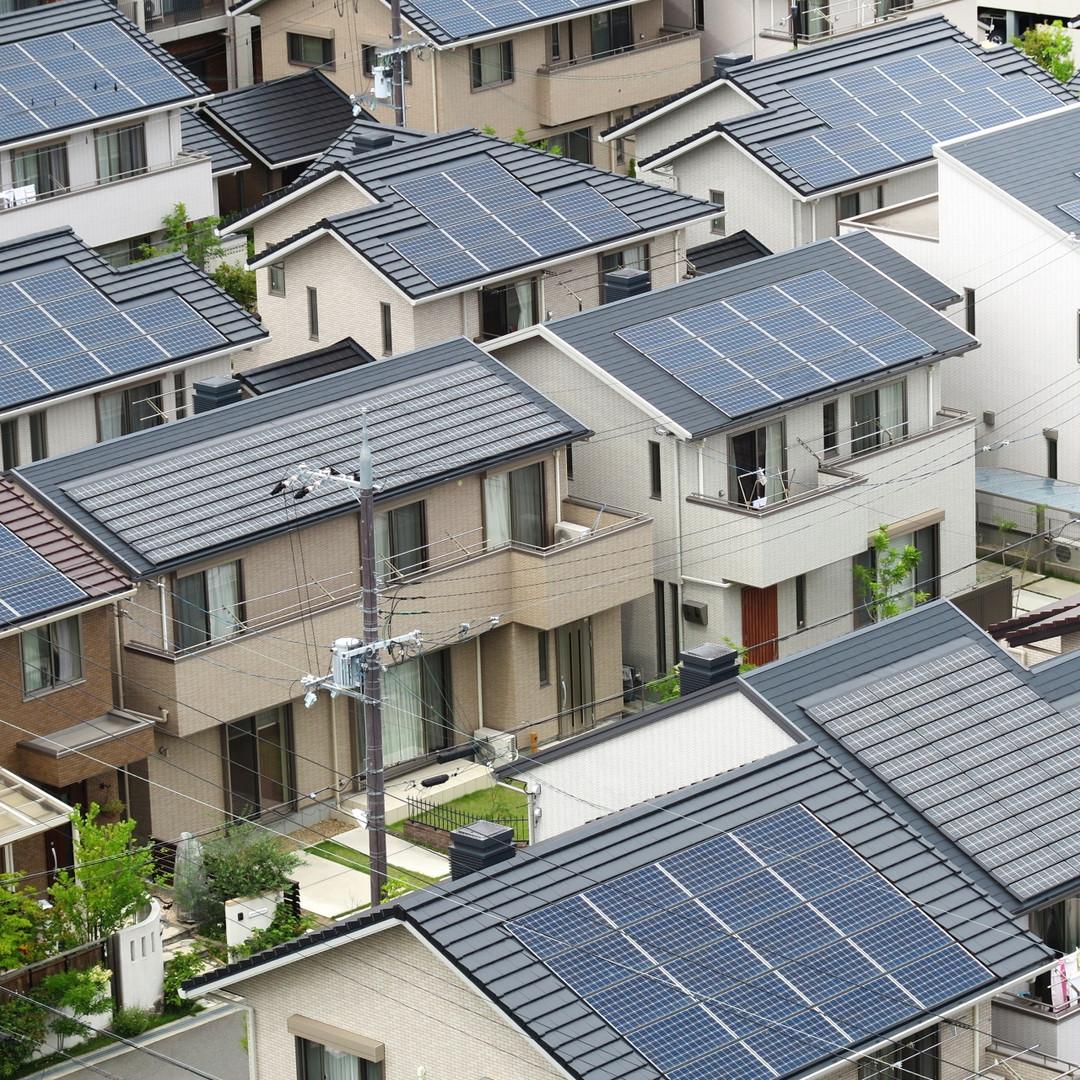 太陽光パネル設置屋根もお任せください
