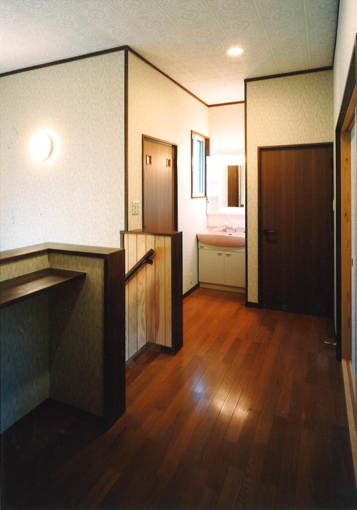 【大東の住宅】2階ホール.jpg