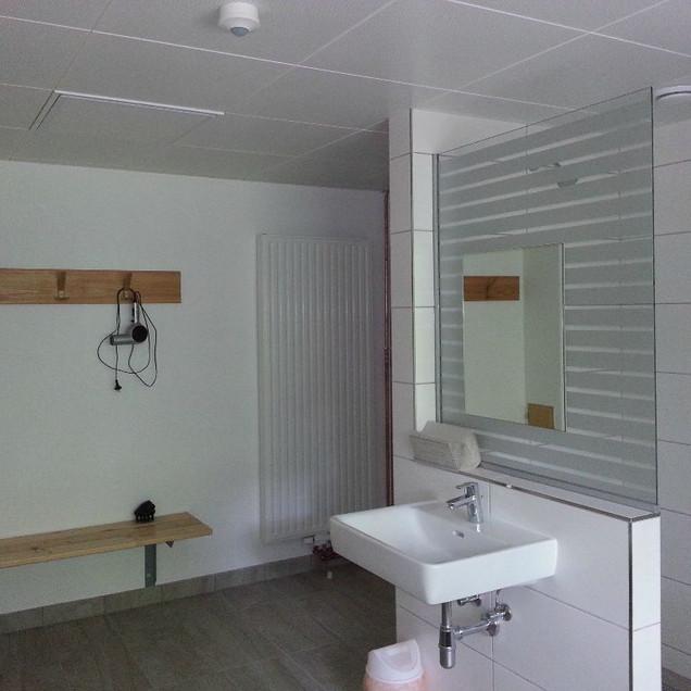 Renovierung Duschen2 (9)