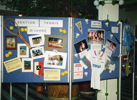 Ausstellung in Schalterhalle