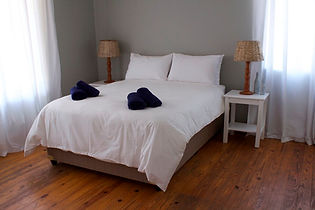 Seaview-house-bedroom.jpg
