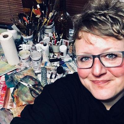 Jenny's in the studio!