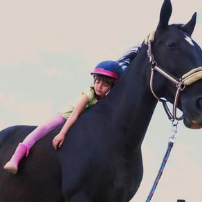 10 razloga zašto su konji sjajni za djecu