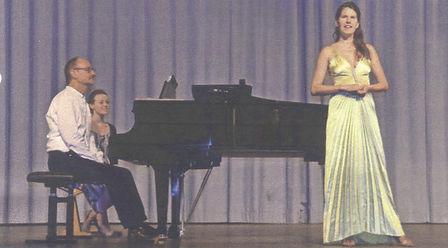 Raphaela Stürmer, Lied-Sängerin Karlsruhe