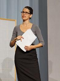 Raphaela Stürmer, Chanson-Sängerin, Immer dieses Theater mit der Liebe