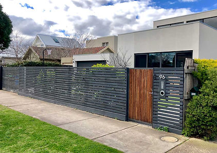 Metal-slat-fencing-for-residentail-home.