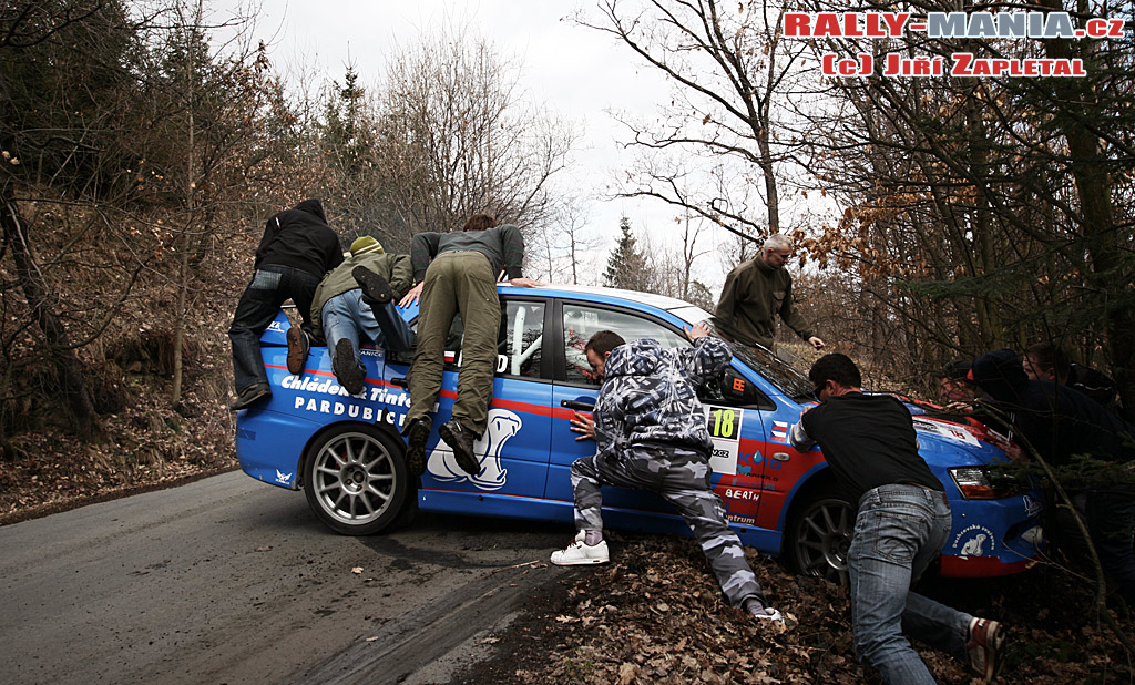 dan_rally_havarie_03