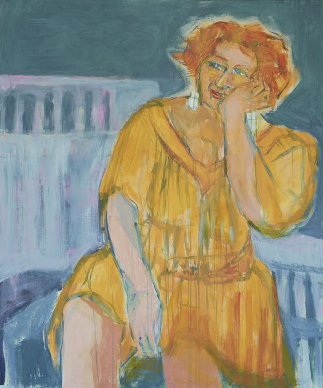 Nainen oranssissa