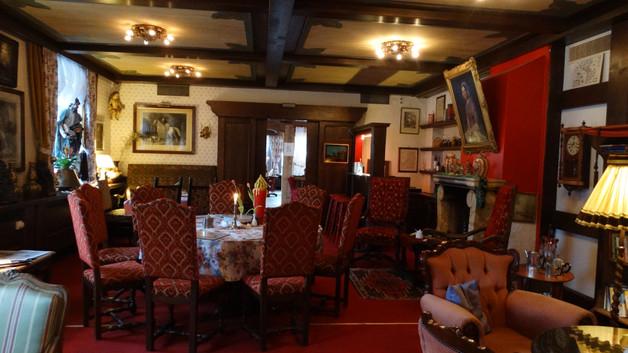 Tea-Room & Pub