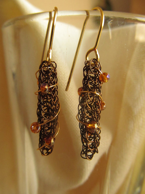 Handmade vintage bronze knitted earrings with amber crystals