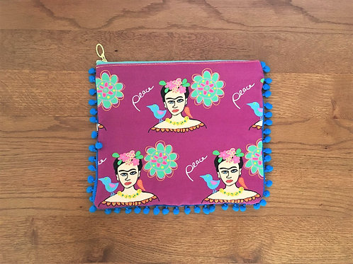All over frida with Peace Pouch