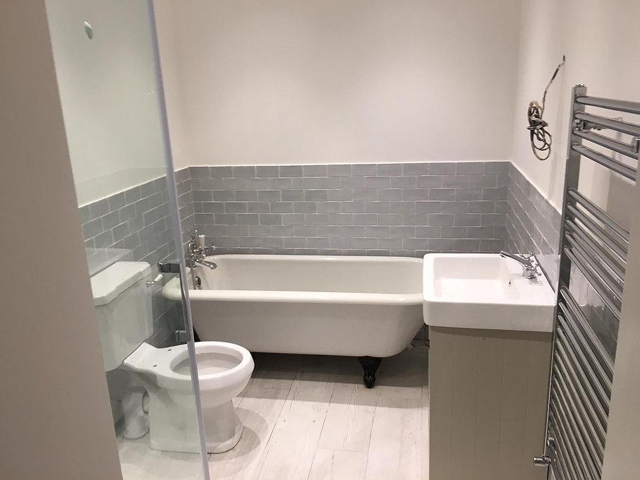 Grey Bathroom | Bathroom Design | Bathroom Fitters | London