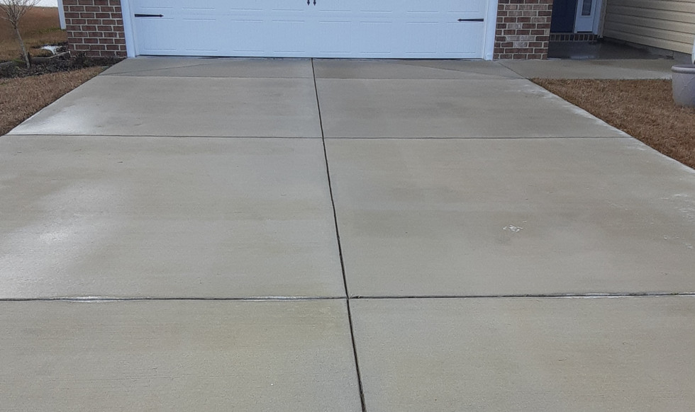 DRIVEWAY CLEANING-AFTER