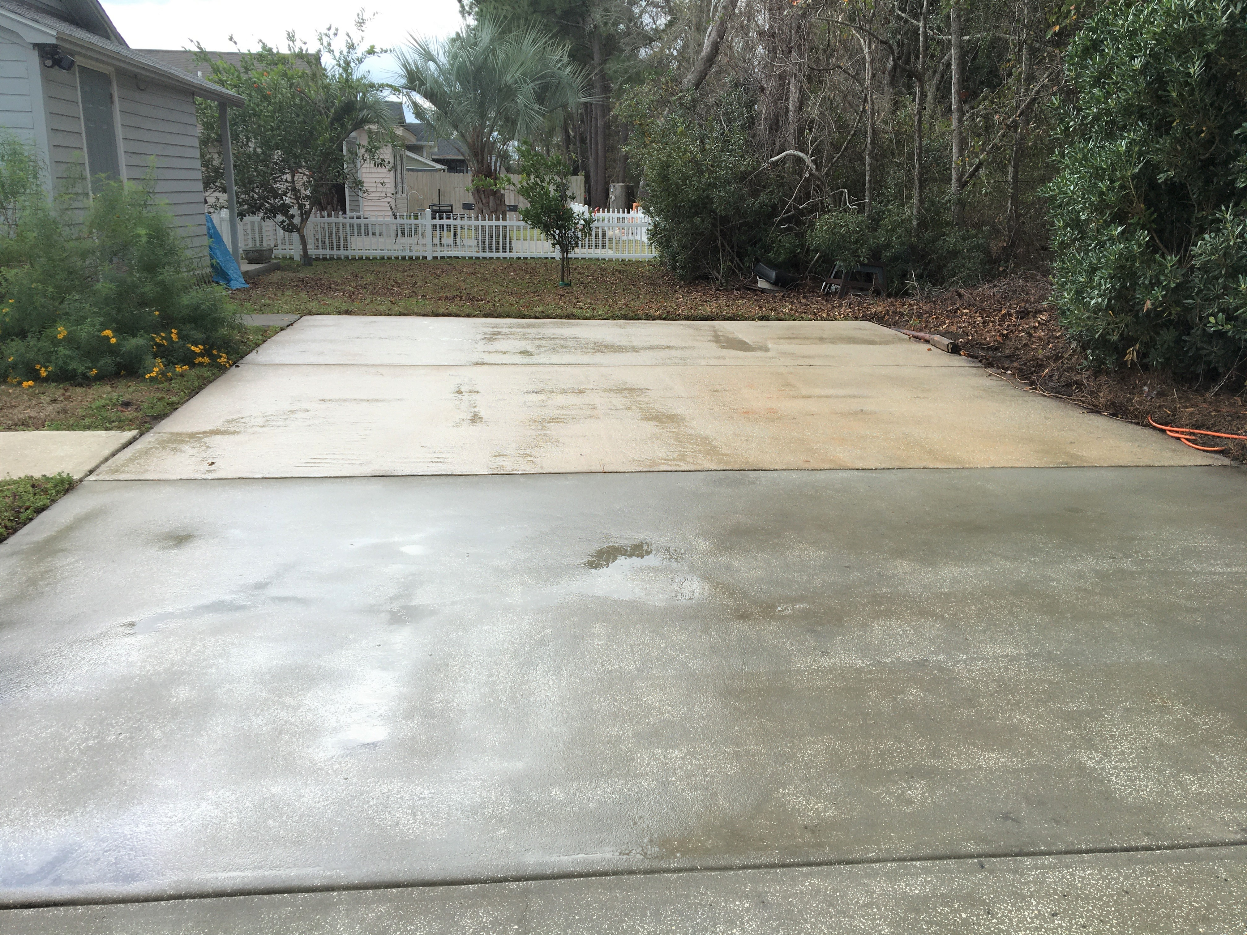 Driveway Cleaning in Garden City