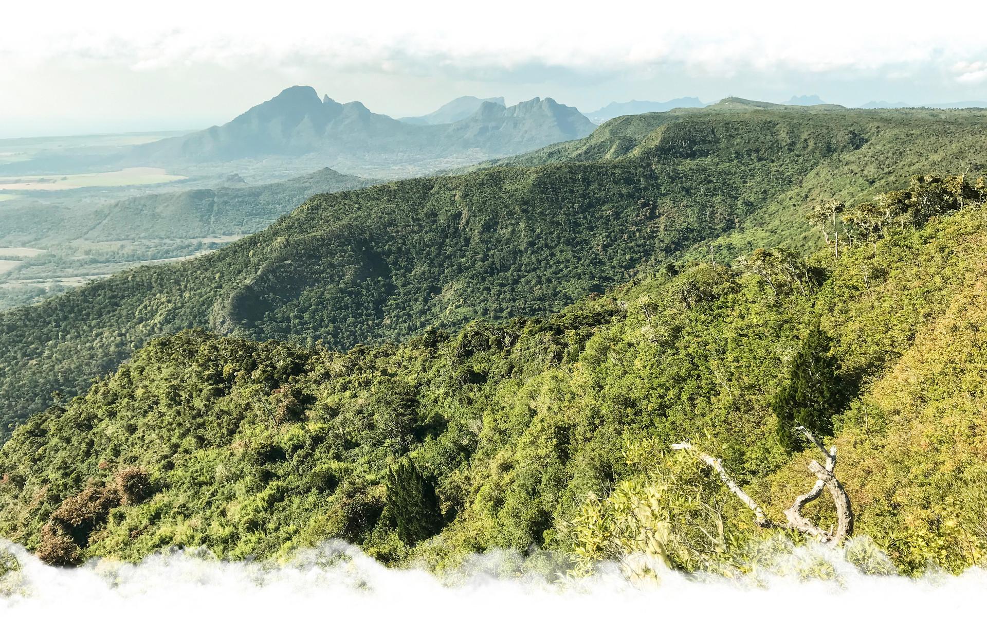 Brise Fer Peak with Horazis
