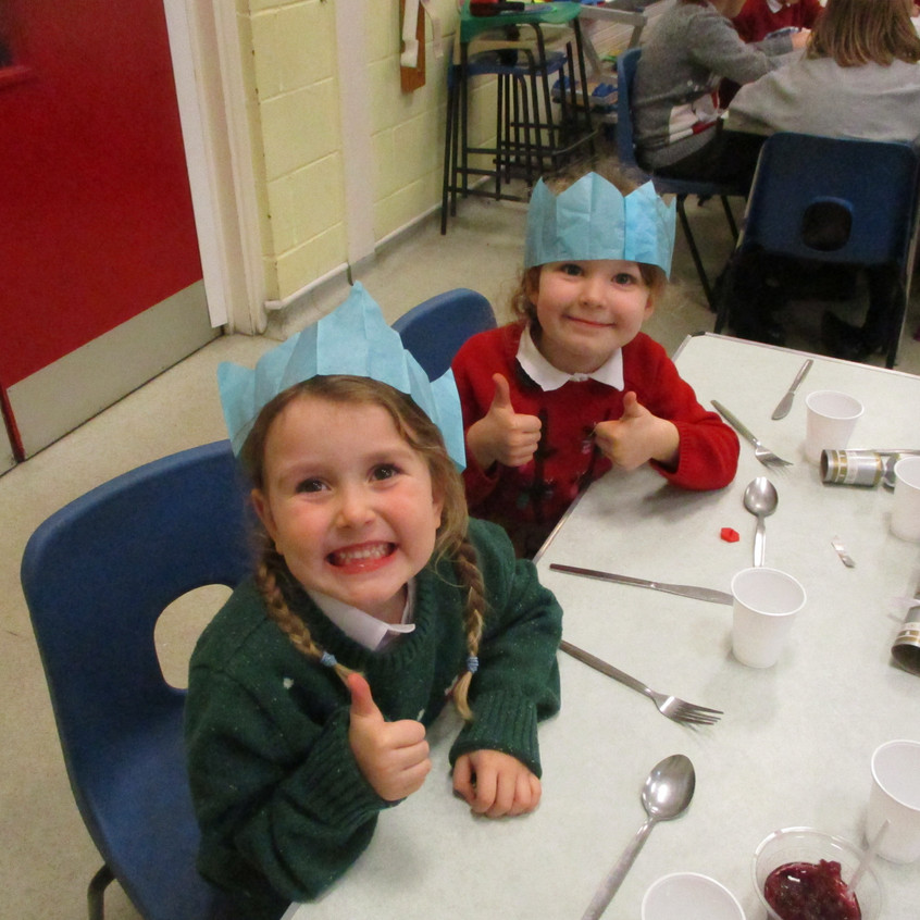 Christmas Lunch - ready for our food!