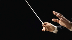 orchestra-leader-side-hands-the-hands-of-an-orchestra-conductor-directing-the-musicians-close-up-sho