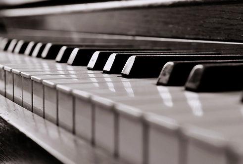Piano-09.jpg