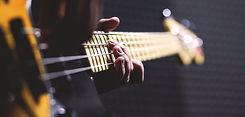 1260x485-bass-guitar-1281x612.jpg