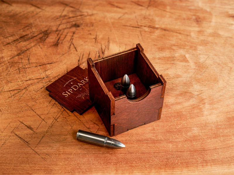 SipDark-Whiskey-Bullet-set-of-3-with-box