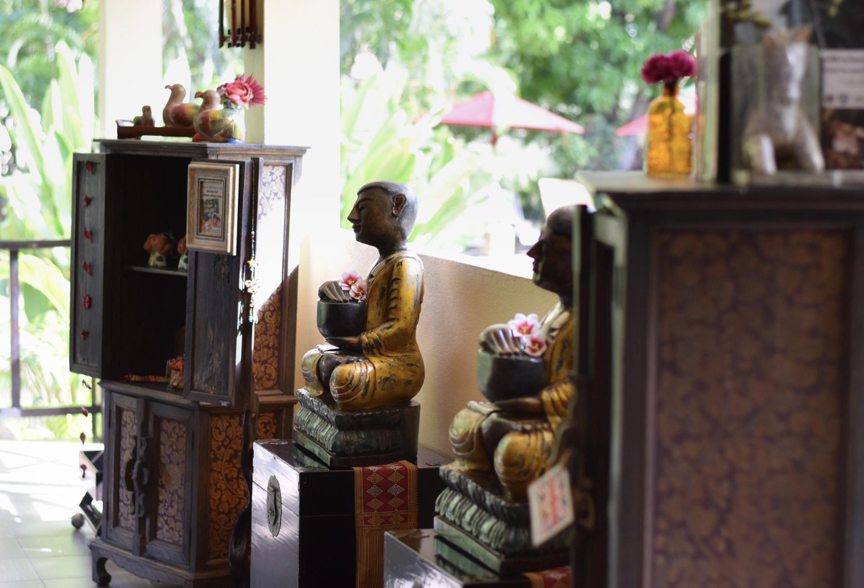 Oriental Kwai resort lobby