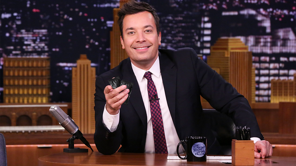 jimmy fallon and sauce packets.png