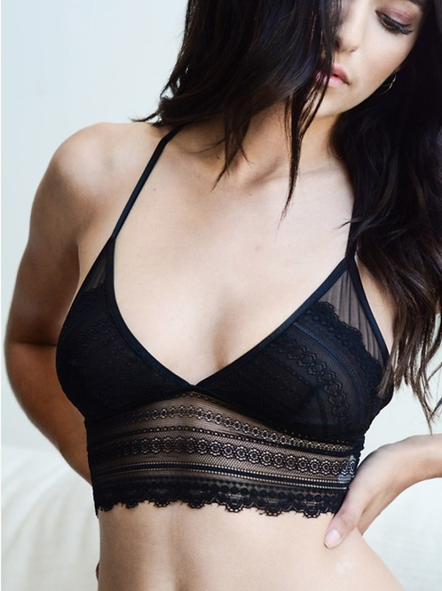 Beautiful Scallop Lace Longline Bralette W/ Keyhole Back - 3 Colors
