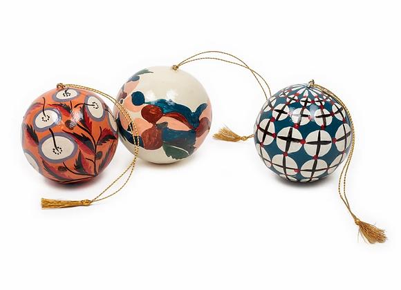 Set de 3 boules décoratives. RUSSE