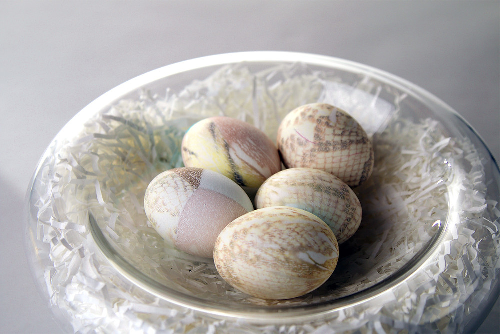 Casablanca MD with silk-dyed eggs