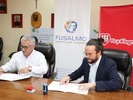 Fe y Alegría El Salvador y FUSALMO, firman convenio para reforzar campaña de empleabilidad juvenil.
