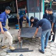 Los jóvenes desarrollan sus habilidades...