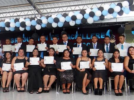Graduación Modalidades Flexibles Centro Escolar Alberto Masferrer
