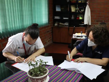 Fe y Alegría y FUNDASIL firman convenio en apoyo a jóvenes para obtener su primer empleo.