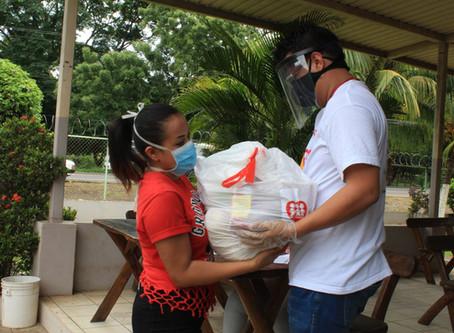 Donativos por parte de Fe y Alegría El Salvador
