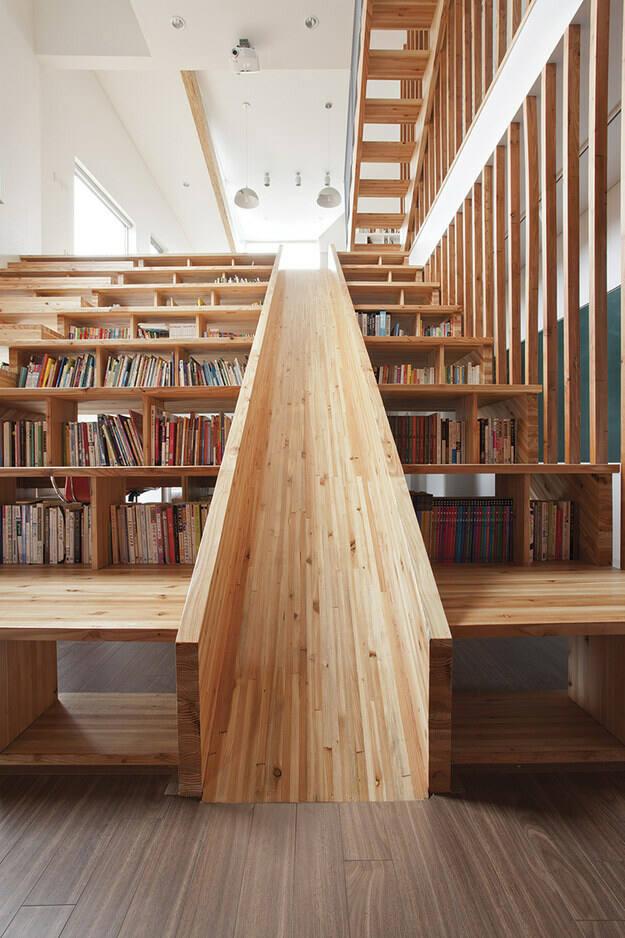 Slide staircase