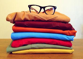 clothing-964878_1920.jpg